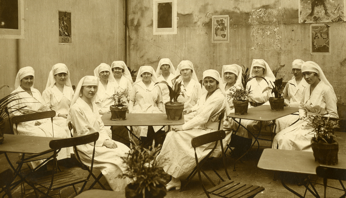 Group of nuns during World War One